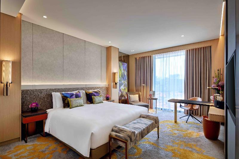 Sofitel Singapore City Centre room
